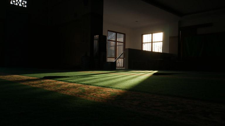 i'tikaf spiritual retreat in the masjid