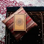 10 Ways to Reconnect with the Quran and Change Your Life